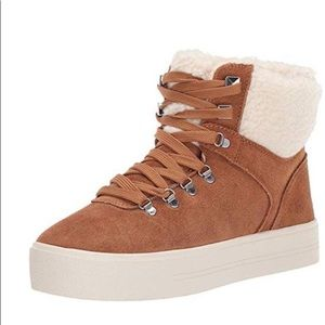 Marc Fisher  lace up sneakers/faux fur 7M  NWB